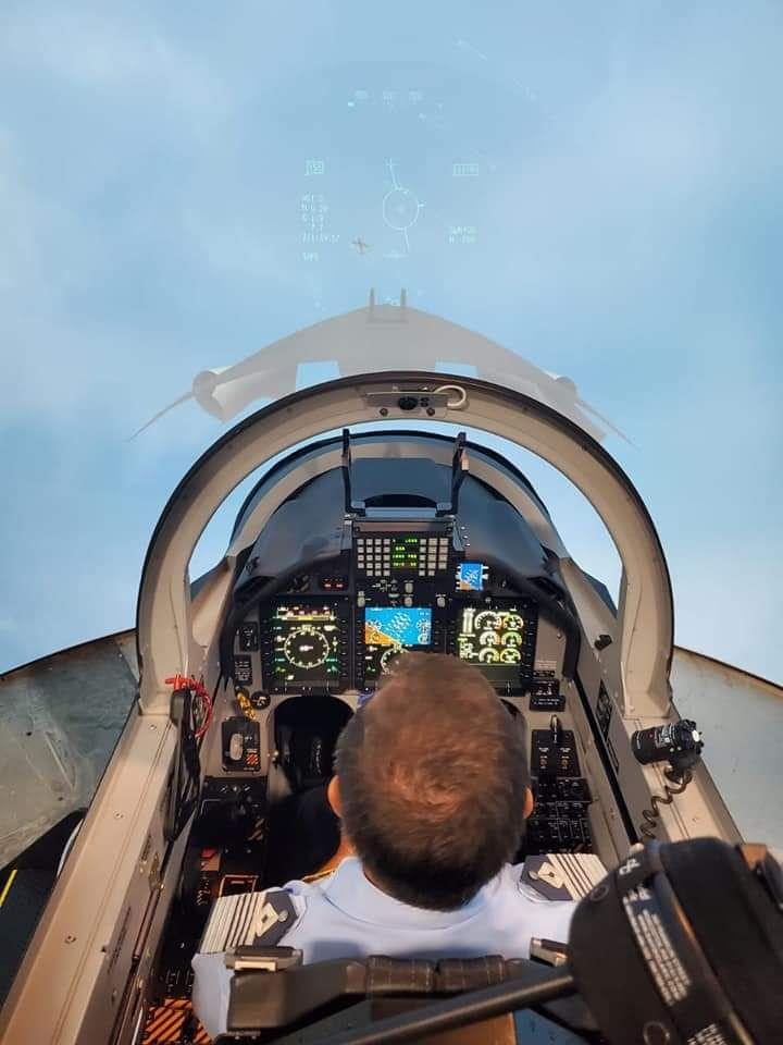 FAA Texan II Simulador 1.jpg